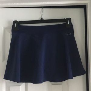 Nike baseline tennis skirt